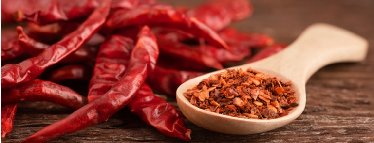 Cayenne Pepper Benefits & Uses For It