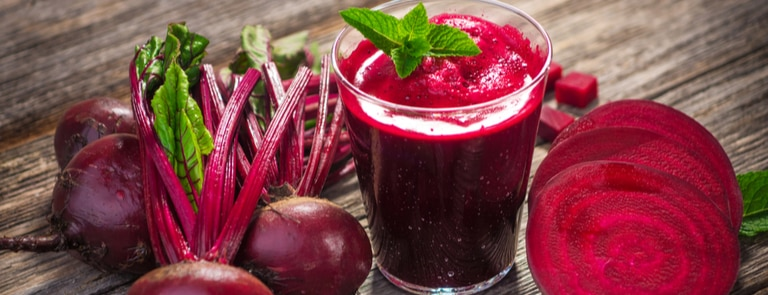 fresh beetroot with fresh juice and cut slices