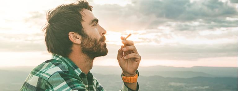 Why smokers need more magnesium image