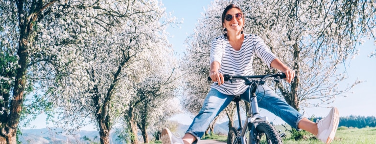 9 Ways To Transition Your Skincare Routine Into Spring
