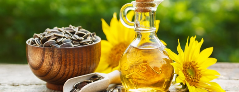 How healthy is sunflower oil? image