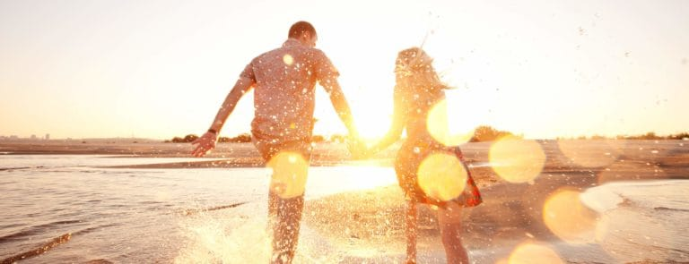 Top tips for staying healthy on holiday image