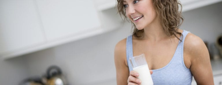 5 Drinks That May Help You Lose Weight While You Sleep image