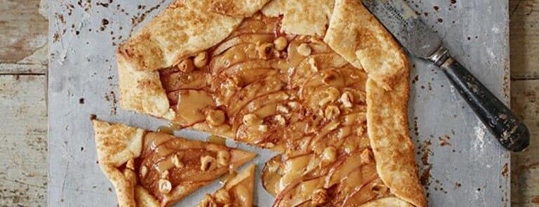 Toffee apple galette