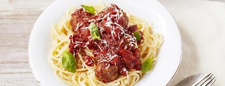 Vegetarian Spaghetti with Meatballs