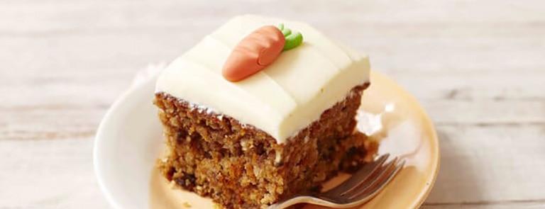 Dairy-free carrot cake tray bake