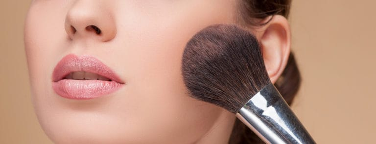 Makeup Tips To Help Skin Breathe