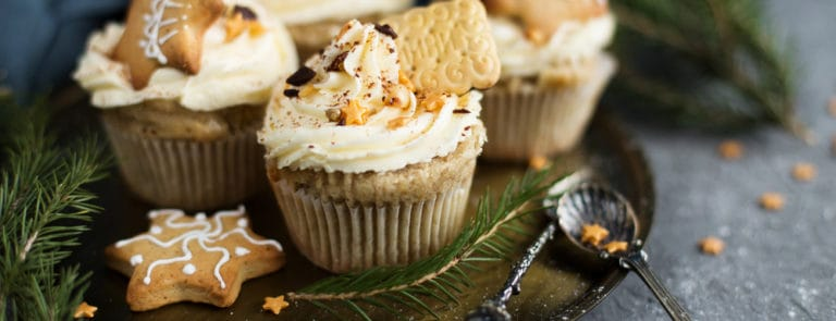 Quick and Easy Christmas Cupcakes
