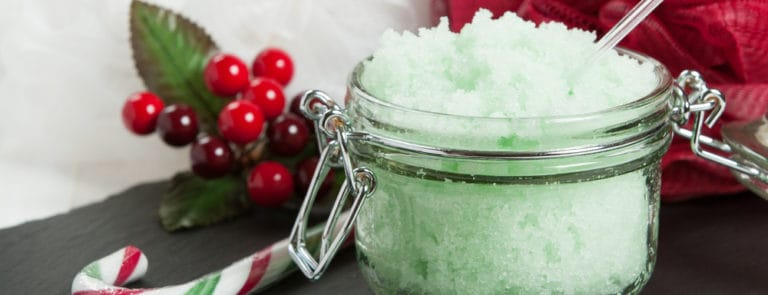 How to make your own Christmas body scrub