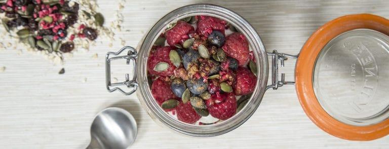Bircher muesli breakfast pot image