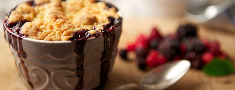 Berry & Ginger Crumble image