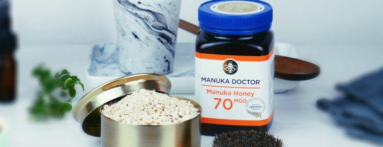 Manuka Honey & Oat Face Scrub image