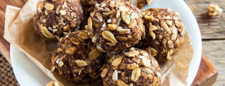 Cacao, Oats & Peanut Butter Bites