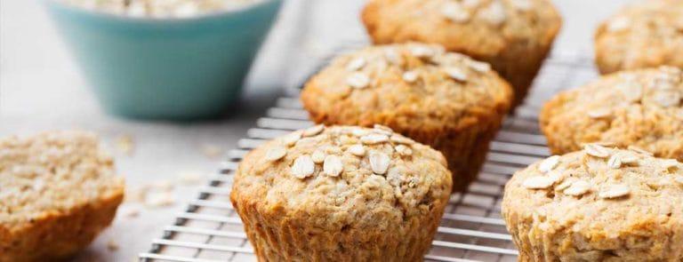 Apple Pie Oatmeal Muffins
