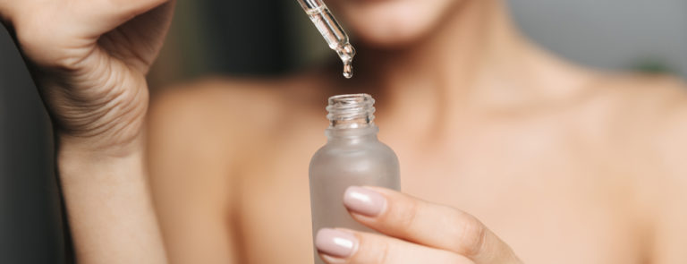 How to use Vitamin E oil on your face image