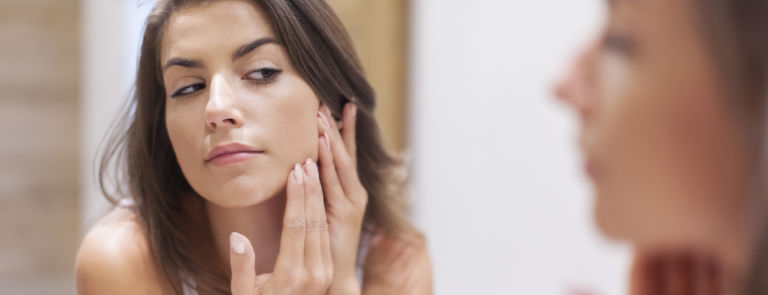 How to dermaplane at home image