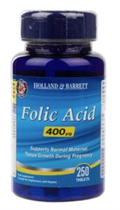 A blue bottle of Holland & Barrett Folic Acid Tablets.