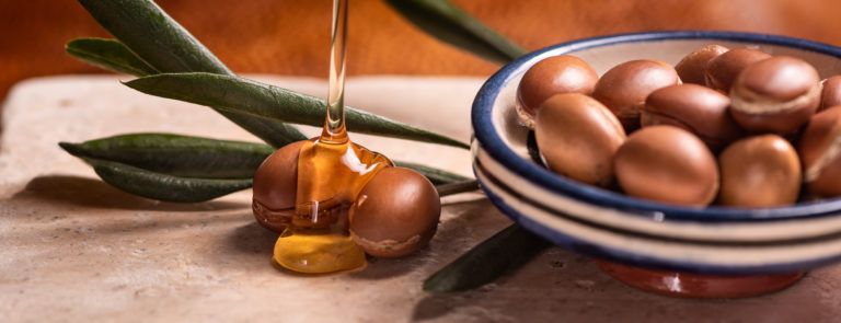 How To Use Argan Oil & It's Benefits