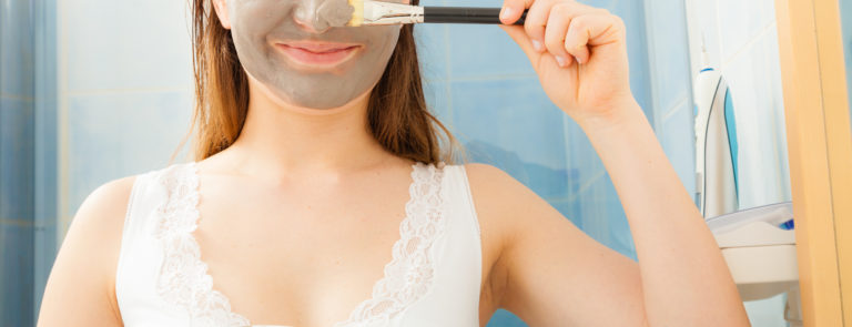 What Are Clay Masks: Benefits & Uses