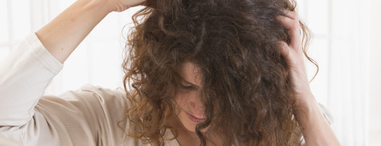 How to treat itchy scalp image